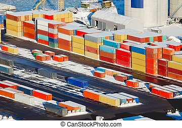 Containers - Heavy containers in a dock