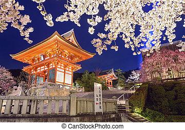 Kiyomizu-dera, santuario, en, el, primavera,