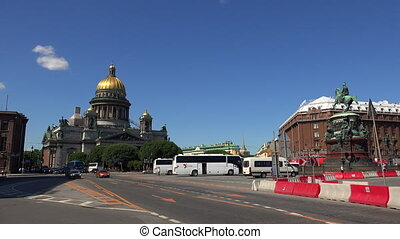 St. isaac's cathedral in St. Petersburg. 4K. - St. isaac's...