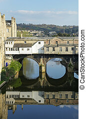 Pulteney Bridge view in Bath - Pulteney Bridgeon the River...