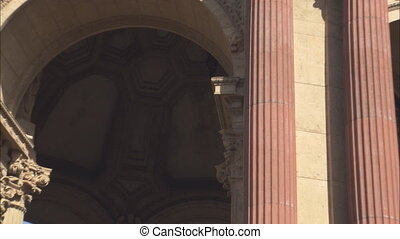 SF Palace Of Fine Arts_Dome Zoom .mov - Zoom out from inside...