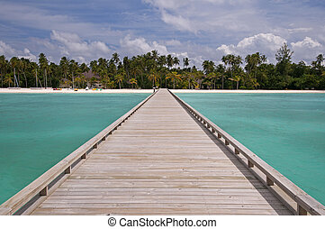 Way to paradise - Wooden jetty to a little tropical island...
