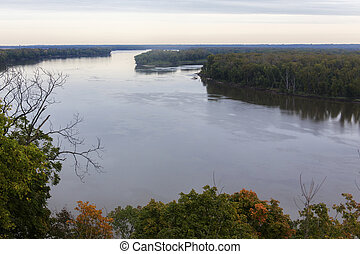 Mississippi River at Hannibal, Missouri on cloudy day