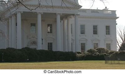 US White House, Zoom In - Looking across the North Lawn from...