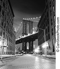 Brooklyn Bridge, The famous bridge connect Manhattan and...