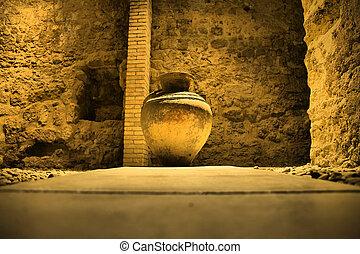 Cordoba Omeyan baths jar - These baths were called hammam,...