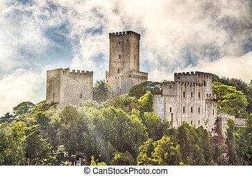 vista, sobre, medieval, castelo, de, venus, em, Erice,...
