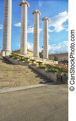 Plaça de Carles Buïgas columns in Barcelona