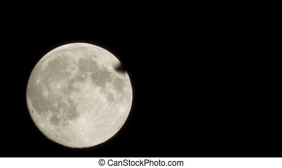 Supermoon timelapse. Close shot. - Timelapse of full moon...