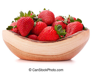Strawberries in wooden bowl cutout - Strawberries in wooden...