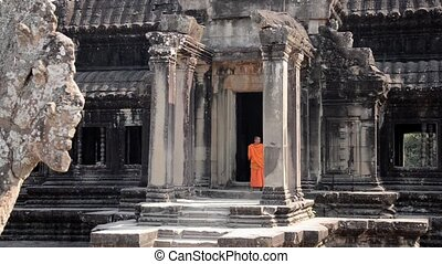 cambodian monks in angkor wat - khmer monks in angkor wat...