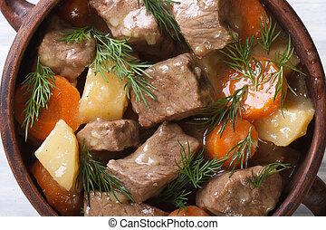 carne, guisado, com, legumes, e, ervas, em, Um, pote, macro,...