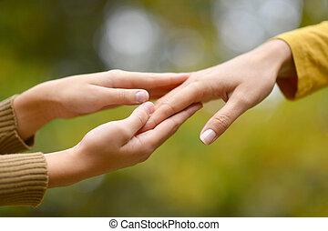 deux, mains, ensemble,