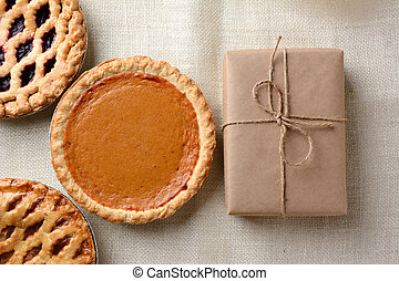 Holiday Pies and Parcel