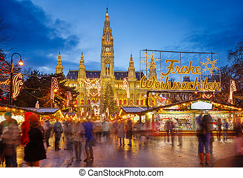 Rathaus and Christmas market in Vienna - Rathaus and...