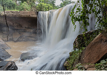 Huai-Lounge waterfall - Beautiful Waterfall in Phu Rua ,Loei...
