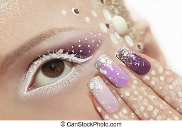 Snow makeup and manicure. - Snow makeup and manicure with...