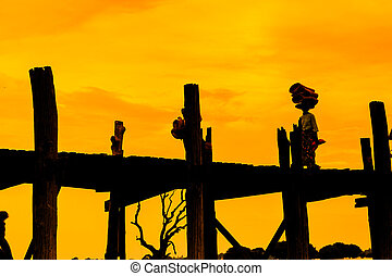 U bein bridge, Taungthaman lake, Amarapura, Burma It is the...