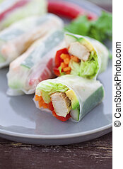 Rice paper rolls with chicken and dipping sauce