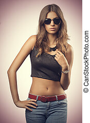 Young woman with sunglasses - Young, beautiful woman with...