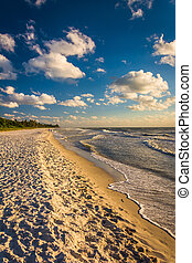 Evening light at the beach in Naples, Florida. - Evening...