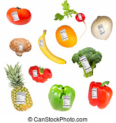Fruit and vegetables with nutrition fact labels : banana, pineapple, strawberry, mushroom, tomato, radish, onion, orange, broccoli, green and red pepper