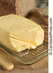Fresh butter - Fresh and creamy Irish butter with wholemeal...