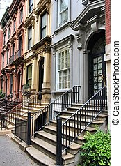 New York brownstone - New York City, United States - old...