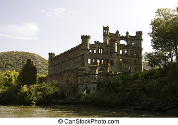 Bannerman Island Castle Armory and Residence, Pollepel...