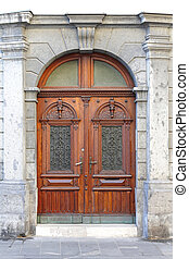 Double door - Double wooden door with arch