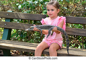 Young Baby Australian Salt water crocodile - Brave child (...