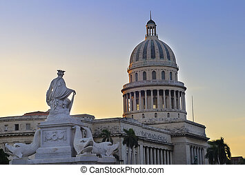 Havana Capitoly - Detail of Havana capitoly dome and...