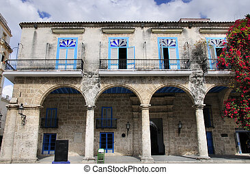 Colonial architecture in Old Havana - A view of typical...