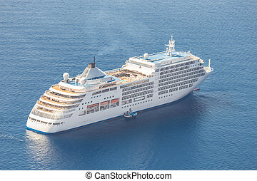 Luxury cruise ship. - Luxury cruise ship sailing in...