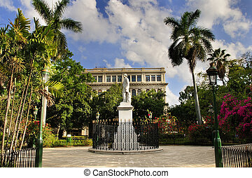 Old havana plaza - A view of Old havana plaza with statue...