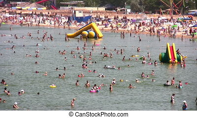 crowd on beach - Crowd on beach