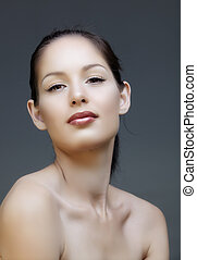 Woman with liner and pink lips - Beautiful natural make-up...