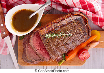 roast beef and vegetables