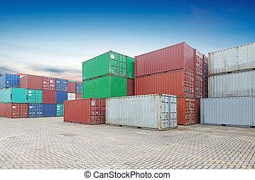 Pila, de, carga, contenedores, en, el, diques,