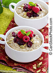 Breakfast porridge with barley, cornmeal and oats -...
