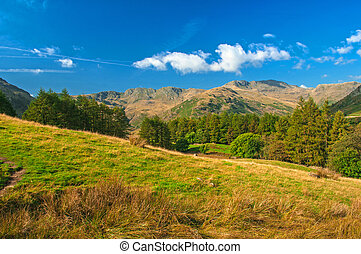 Langdale Valley and Pikes,approach to a days hiking