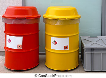 Hazardous waste barrels - Barrels for dangerous and...