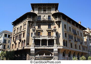 A rich condominium in Rome - This is one of a group of...