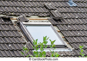 Roof window installation - Retrofitting a large skylight