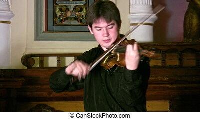 violinist - Violinist.