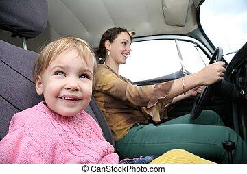 niño, madre, coche