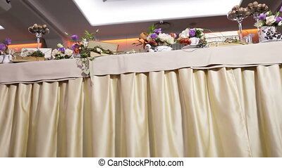 Table decoration with flowers