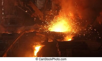 Spark molten iron - Metallurgical industry, working in the...