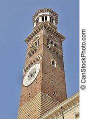 Tower in Piazza delle Erbe - Tower in Piazza delle Erbe...