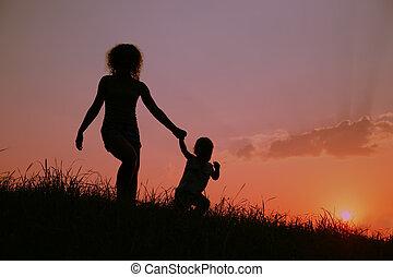silhouette, madre, bambino